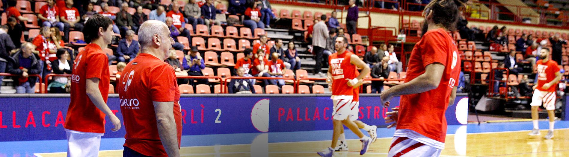 Allenamento squadra basket Unieuro
